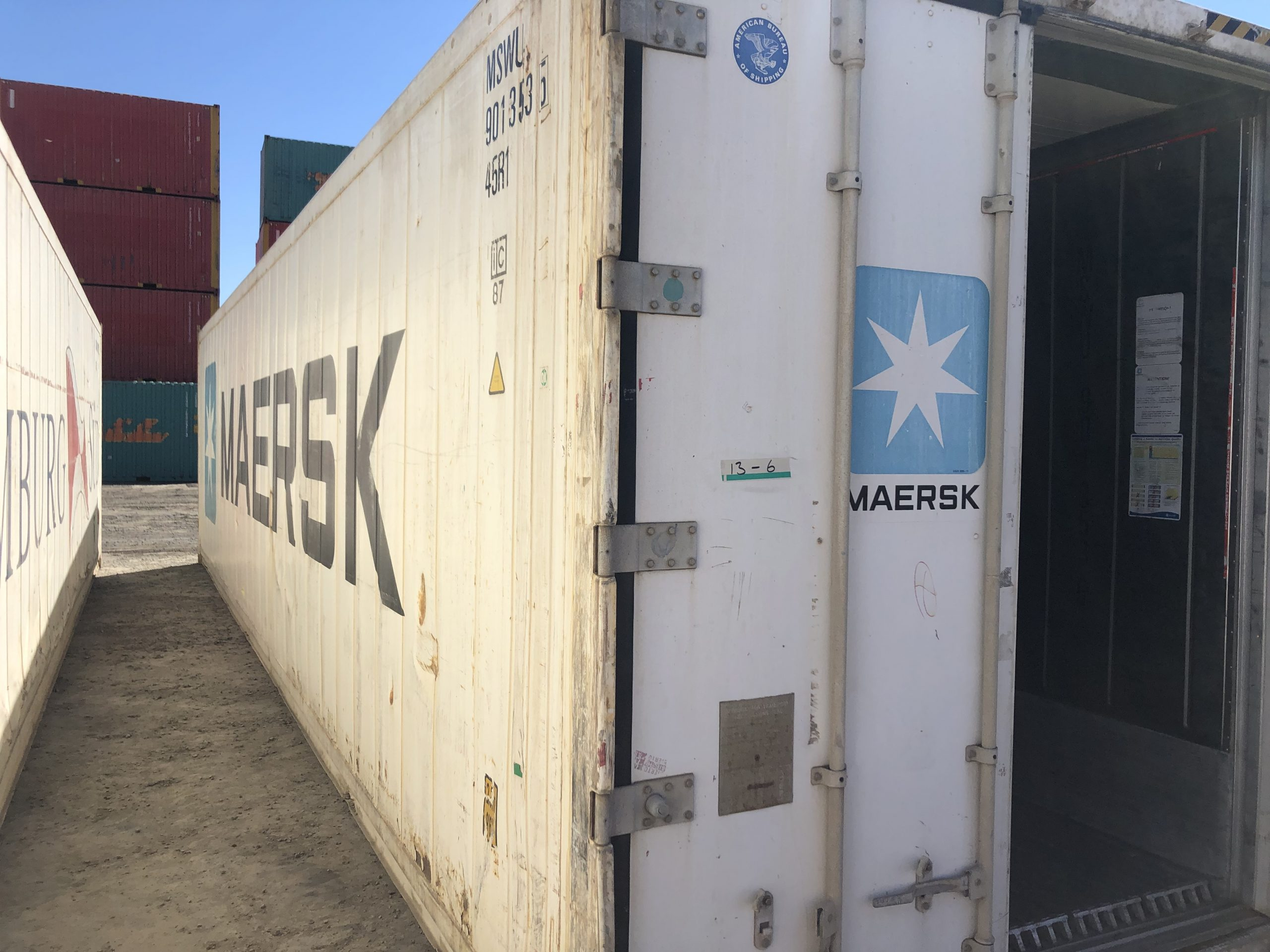 40 Foot Refrigerated Shipping Container | shipping container lifting equipment